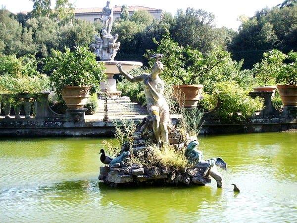 сады  Боболи фото