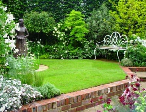 Фото. Сад в пейзажном стиле